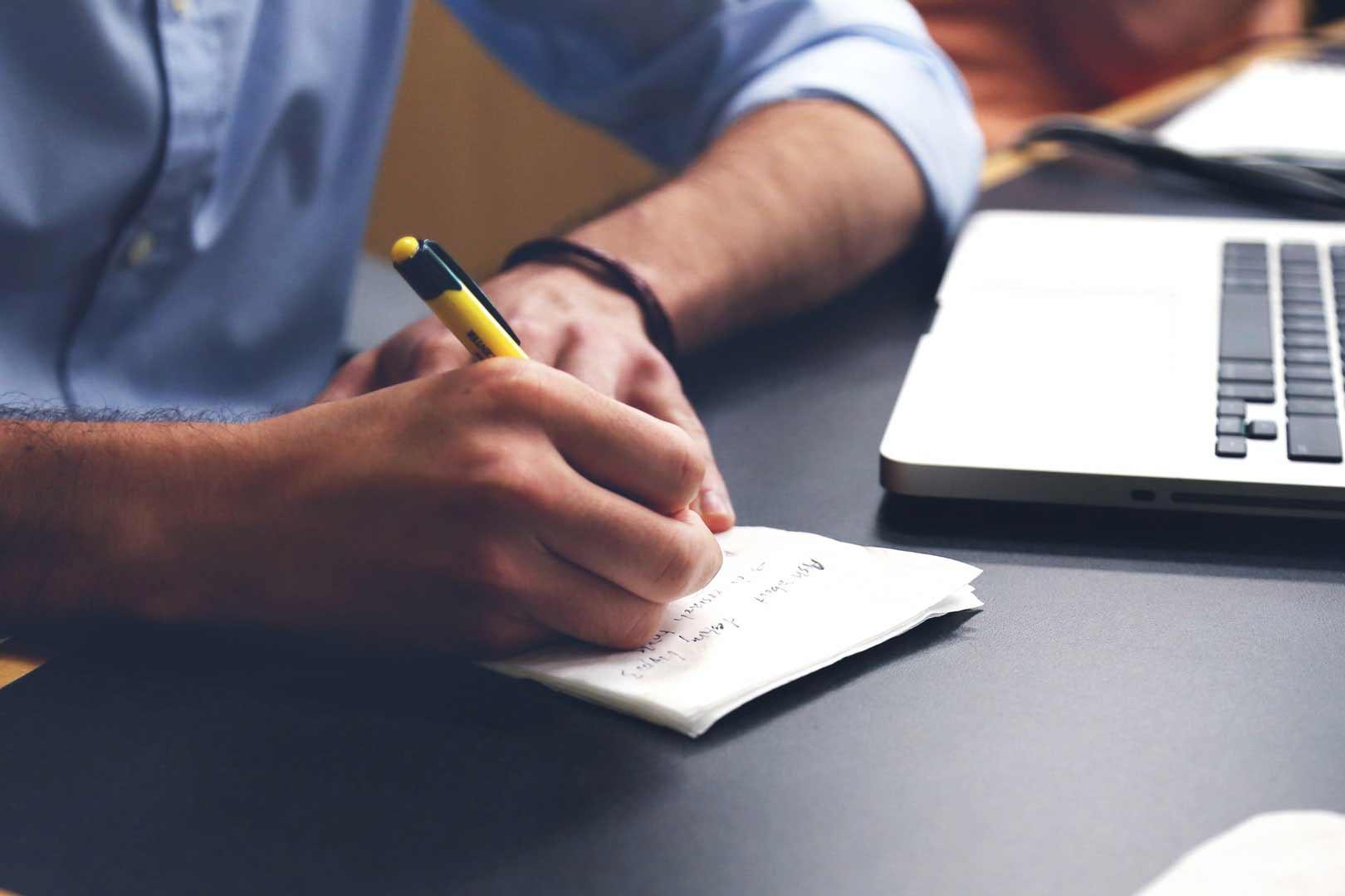 ¿Cuáles son los requisitos para cursar las especialidades formativas?